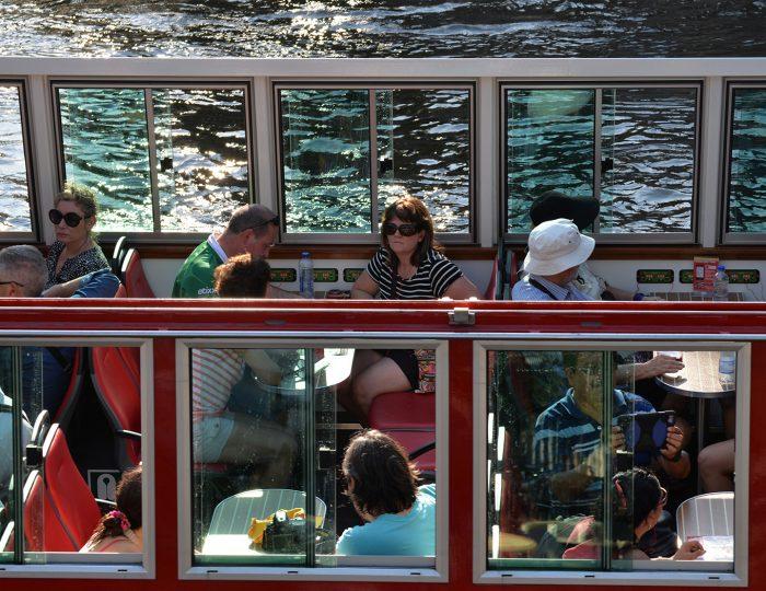Amsterdam_Canal_cruise_Hollandsite